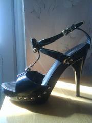 Продаю стильные,  модные туфли фирмы Zille.
